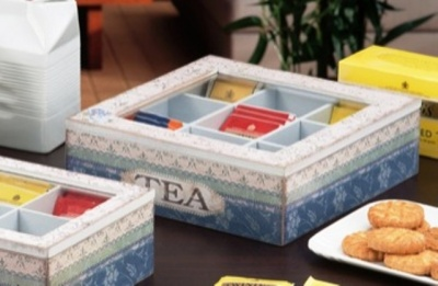 SCATOLA PORTA TE',TEA,THE,TISANE 9 SCOMPARTI IN MDF ASSORTIMENTO 4 DECORAZIONI 24X24XH.7CM.