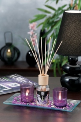 SET PER PROFUMAZIONE E DECORAZIONE DIFFUSORE DI FRAGRANZA CON BASTONCINI, VASSOIO, GEMME COLORATE E PORTA TEA-LIGHT.